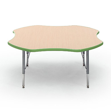 01203-circusline-activity-table-clover