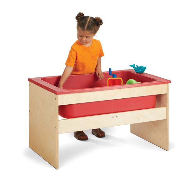 young-time-sensory-table