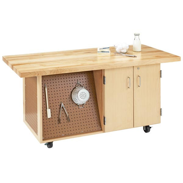 emwb6-mobile-workbench-w-pegboard