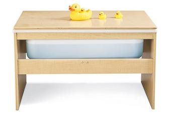 7111yr441-sensory-table-with-lid