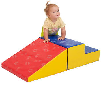softzone-little-me-climb-slide-by-ecr4kids