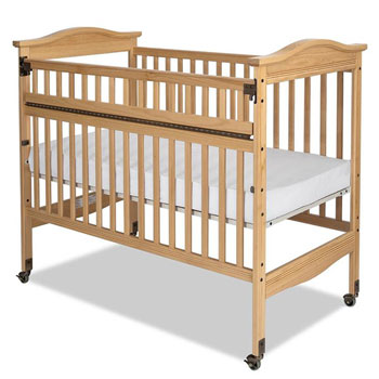 Child craft kingswood safeaccess compact professional crib for Child craft soho crib natural