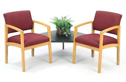 l2121g5-lenox-series-guest-chairs-w-black-melamine-corner-table-healthcare-vinyl