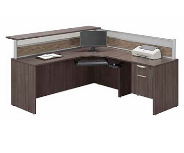 plb18-borders-reception-desk