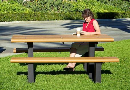 recycled-multi-pedestal-picnic-table-by-ultraplay